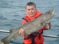sean-maxwell-with-a-5kg-cod-2012